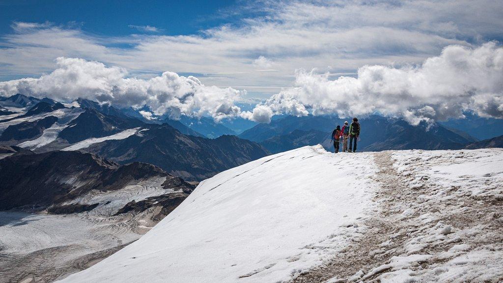 Alpinisten am Grat
