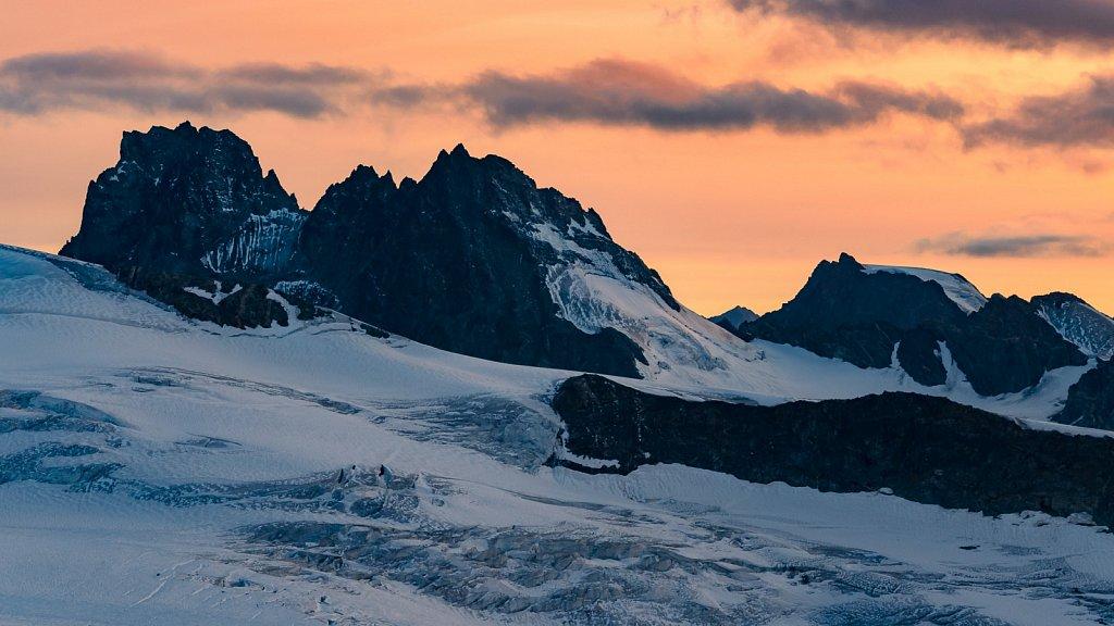 Abenddämmerung in den Alpen #1