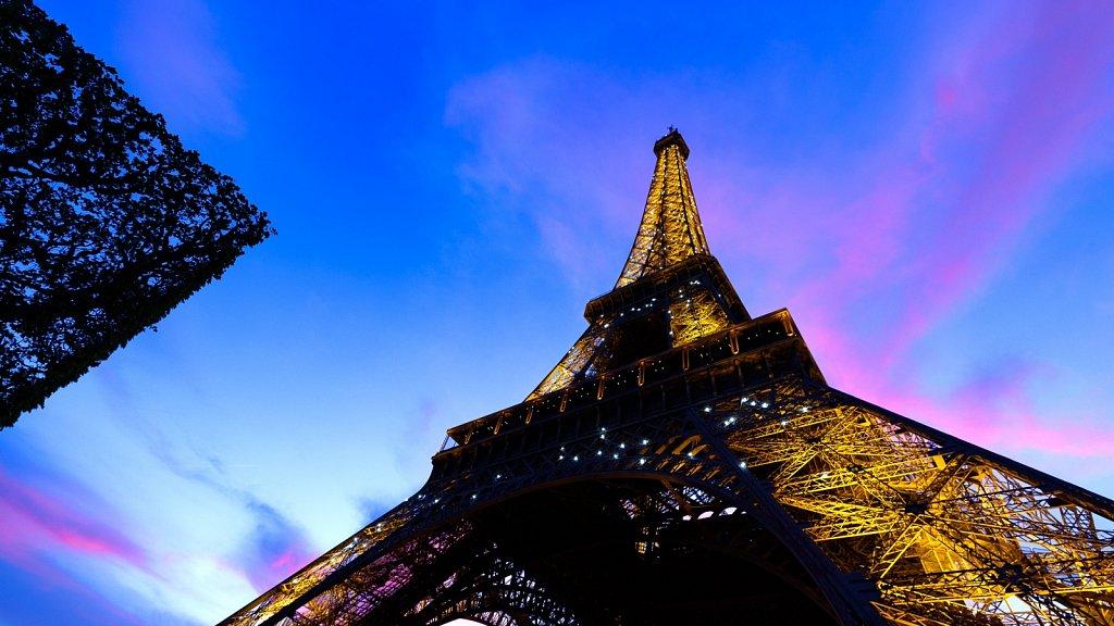 Eiffelturm mit Illumination